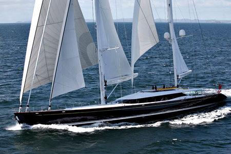 Mondango under sail